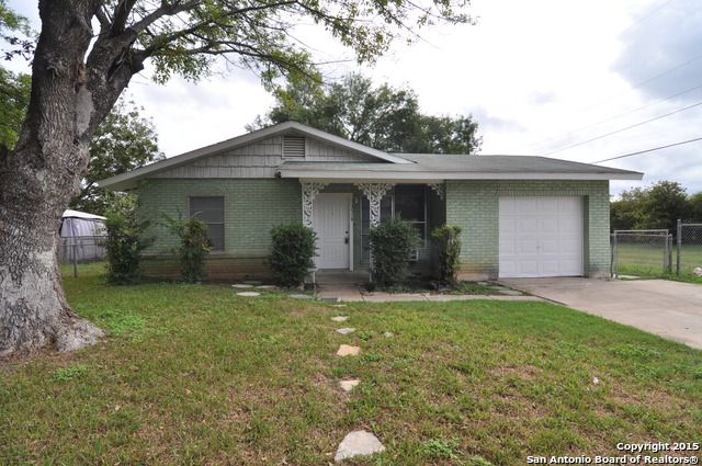 3518 Willowwood Blvd - San Antonio, TX 78219