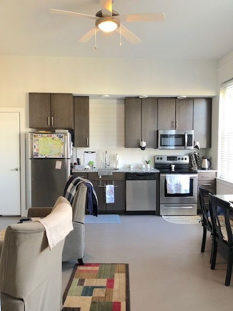 1 Bedroom Apartment Near Carytown Location