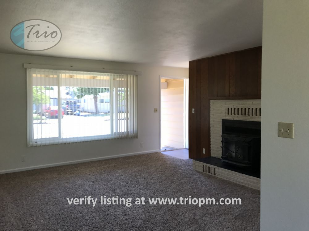 1082 W 7th Place Junction City Or 97448 Trio Property