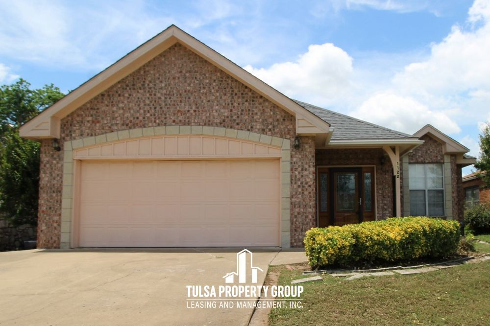 1122 S Canton Ave Tulsa Ok 74112 5335 Tulsa Property Group